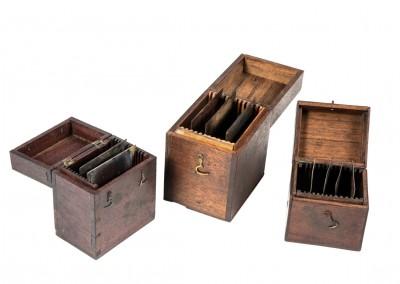 Blanxart laboratory. Plate boxes with daguerreotype plates - Wetplatewagon